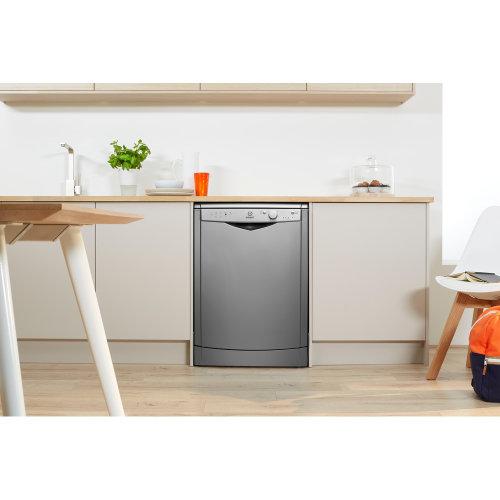 Mašina za pranje suđa Indesit DFG 15B10 S EU